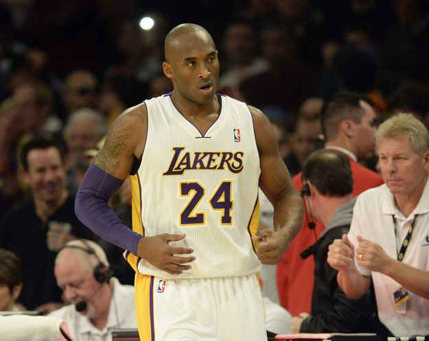 Kobe Bryant made $30,453,805 for the 2013-2014 season, nearly three times as much as the entire WNBA. His salary alone amounts to the average salaries of 423 WNBA players. | 52 NBA Players Who Make More Money Than Every Player In The WNBA Combined