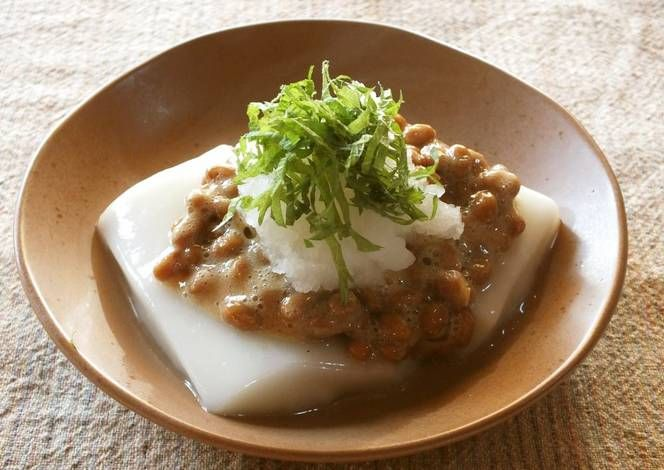 Mochi Rice Cakes with Grated Daikon Radish and Natto Recipe -  Very Delicious. You must try this recipe!