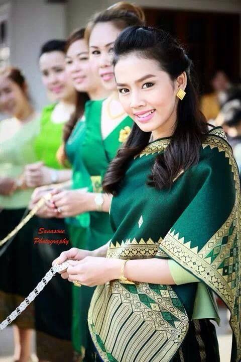 Laos traditional outfit. So pretty!