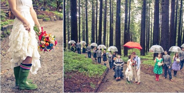beautiful rainy day wedding photos.: Photo Ideas, Rainy Day, The Bride, Wedding Photos, Bride Shoes