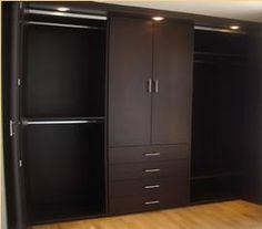 Best 25 closets modernos ideas on pinterest puertas for Closets modernos con television