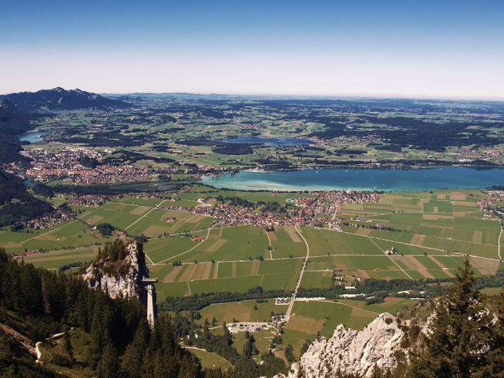 #Fischen im #Allgäu ist ein schönes #Ausflugsziel für alle, die bei ihrem #Urlaub in #Füssen-#Weißensee auch andere #Allgäuer Orte kennenlernen möchten.   http://www.dreimaederlhaus.de/de/blog/ausflugsziele/fischen-im-allgaeu.html