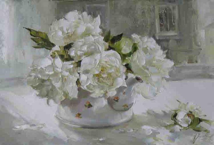 Flower teapot by Russian artist, Oksana Kravchenko (1971) Russia, Novouralsk