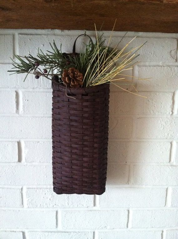 Handmade Peg Baskets : Primitive painted cherokee comb peg basket