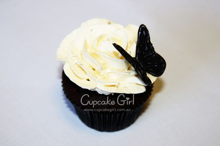 Rose & Butterfly Cupcake