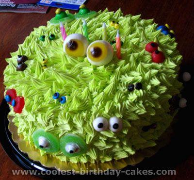 Simple & cute alien eyeball cake: Monsters Cakes, Cakes Ideas, Cute Monsters, Monsters Parties, Parties Ideas, Halloween Cakes, Monster Cakes, Kid, Birthday Cakes