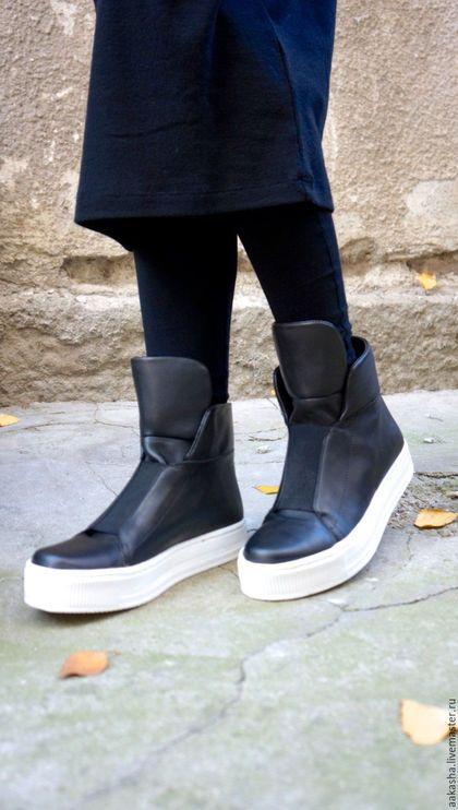 Кеды из кожи кожаные кеды модная обувь стильная обувь кожаная обувь сникерсы обувь дизайнерская