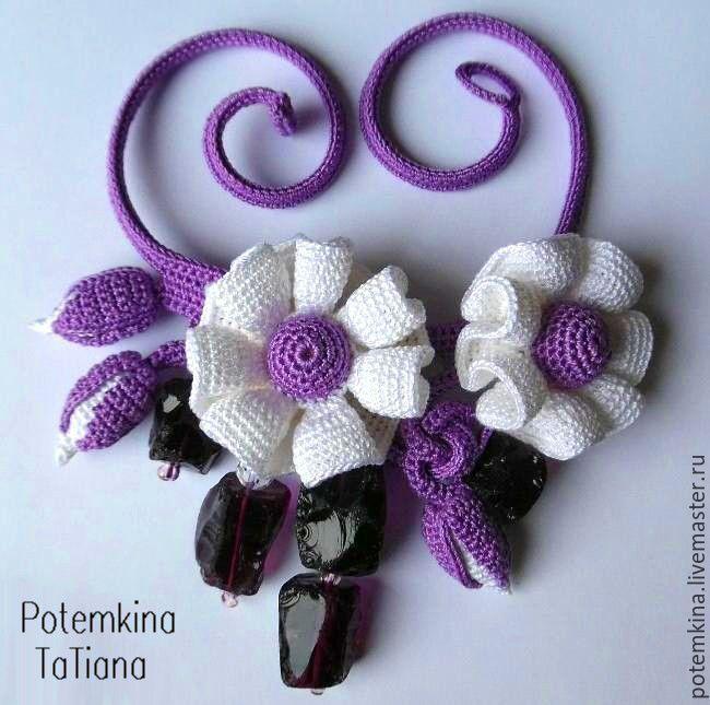 """Купить Колье """"Ежевичное Волшебство"""" - фиолетовый, белые цветы, ежевика, ежевичный, переплетение, переплетения"""