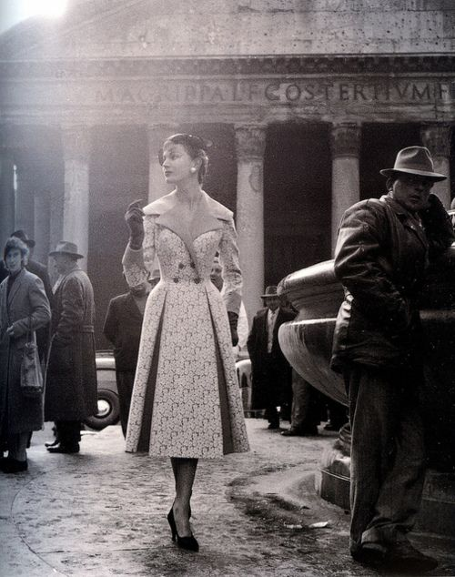 fashion model in front of Pantheon, Rome. 1940s.