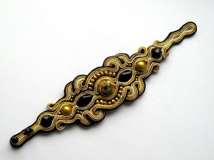 Marie Antoinette - soutache bracelet by Bajobongo on Etsy