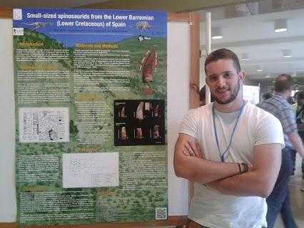 Nuestro colaborador y miembro del Grupo Aragosaurus, Tony Alonso, con su poster sobre pequeños espinosauridos del Barremiense inferior de España, en el XIII EAVP meeting en Opole (Polonia) #paleontologia