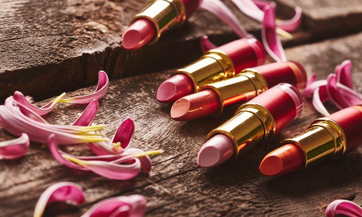 Dé musthave in beautyland deze winter is het L'Oréal Paris La Vie en Rose Exclusive pakket. De exclusieve set bestaat uit 4 lipsticks en 4 nagellakjes in unieke tinten roze. Bijzonderebestanddelen zoals roze parels en velvet-pigmenten zorgen voor prachtige matte effecten.De set heeft een waarde van € 83,29 en gaat jouw feestdagen gegarandeerd kleur geven!…