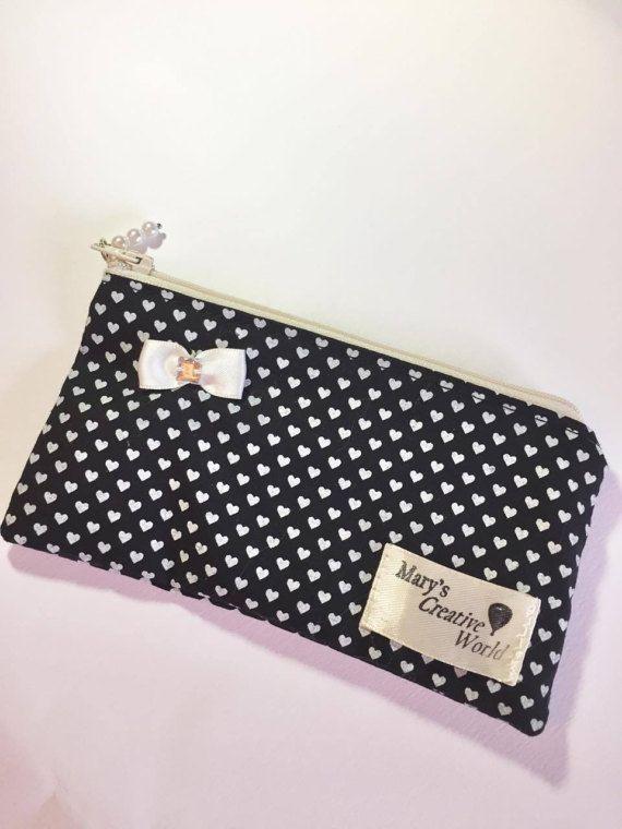 Heart Zipper Pouch/ Purse / Pencil Case / by maryscreativeworld