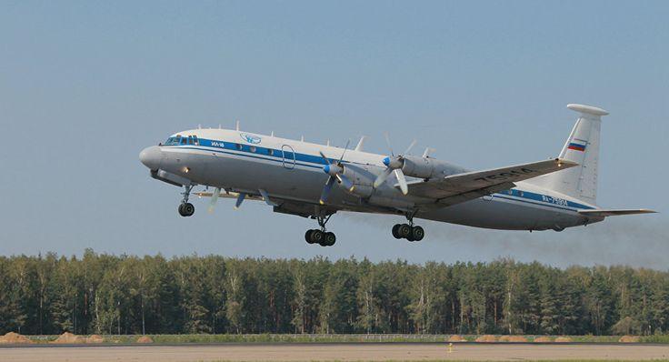 IL-18: Avião do Ministério da Defesa da Rússia caiu