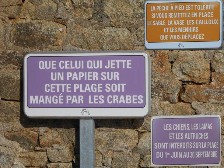 """""""L'humour breton.- Il y a des """"contraintes"""" ou règles qu'il faut respecter sur les plages, certaines municipalités bretonnes on su le faire..."""" - Par Jean-Pierre aka Kervenic"""