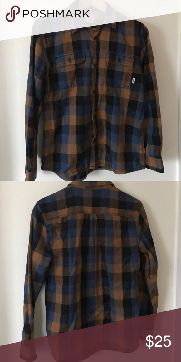 Boys Vans Shirt Boys vans plaid shirt perfect for school hanging out or dressing up. Worn for once photoshoot only for a couple hours. Vans Shirts & Tops Button Down Shirts