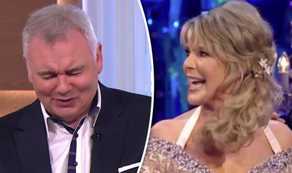 Strictly Come Dancing 2017: Eamonn Holmes opens up on Ruth Langsford's 'STUMBLING' routine - https://buzznews.co.uk/strictly-come-dancing-2017-eamonn-holmes-opens-up-on-ruth-langsfords-stumbling-routine -