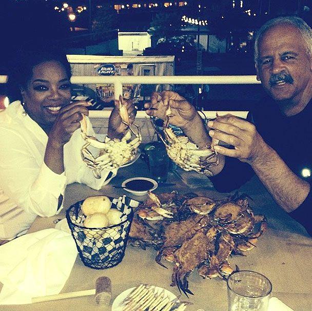 Oprah Winfrey, Partner Stedman Graham Go on Dinner Date; Enjoy Crabs Together: Picture