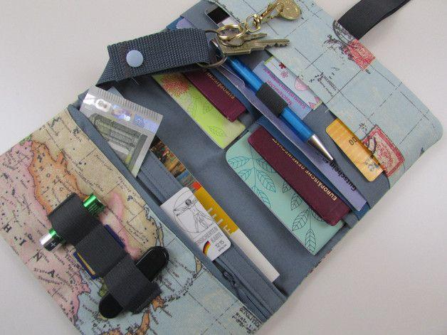 """Taschenorganizer - Reiseetui Globetrotter Family """"Weltatlas/grau"""" - ein Designerstück von Maschenwichtel bei DaWanda"""