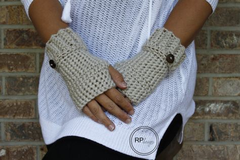 """Simple & free crochet pattern """"The Andy"""" hand warmer gloves by Rescued Paw Designs"""