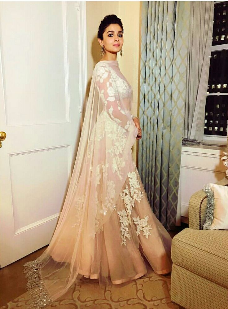 only someone as pretty as Alia Bhatt can carry this subtle Manish Malhotra lehenga so effortlessly