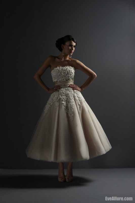 A-line+Strapless+Tea-length+Tulle+Wedding+Dress+with+Applique+Beading+and+Embroidery+-+EveAllure