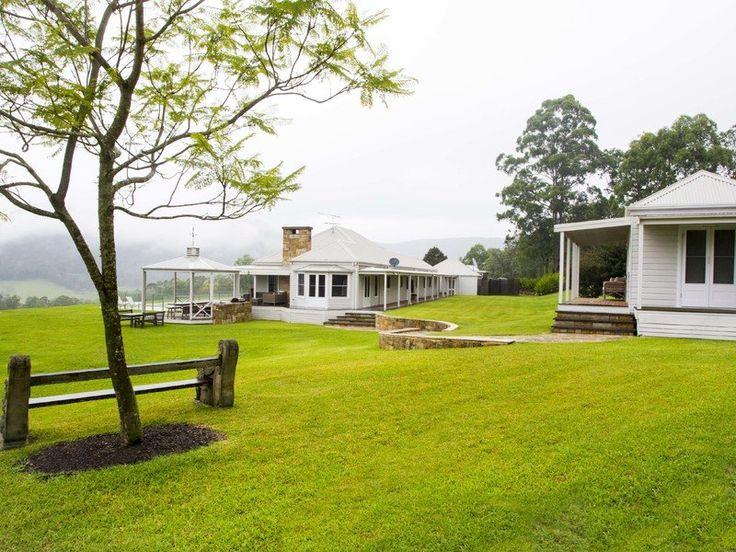 Modern Australian homestead