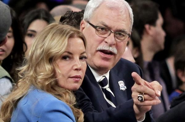 nice Jeanie Buss: Los Angeles Lakers can compete for conference title next season