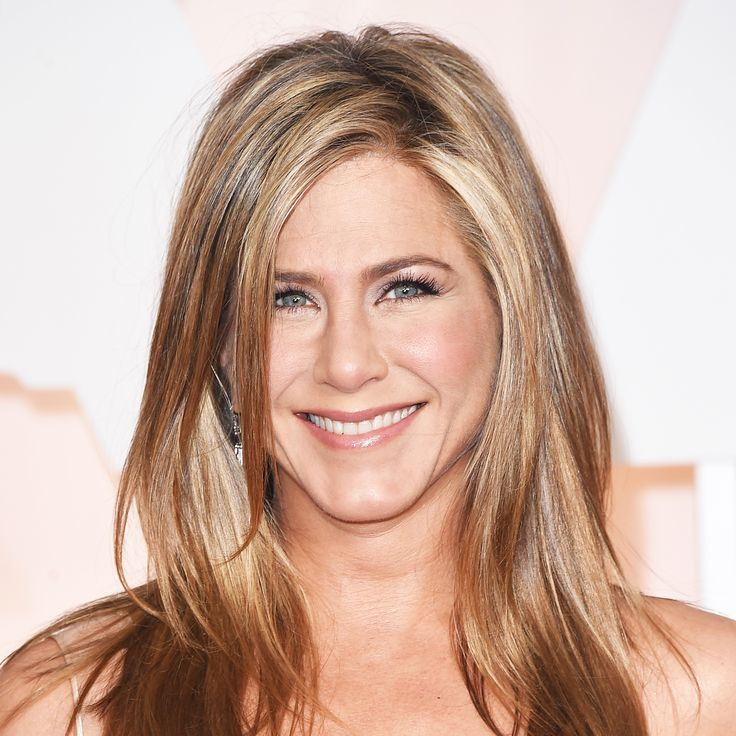 Steal Jennifer Aniston's Pre-Shampoo Step for Perfect Hair via @ByrdieBeauty