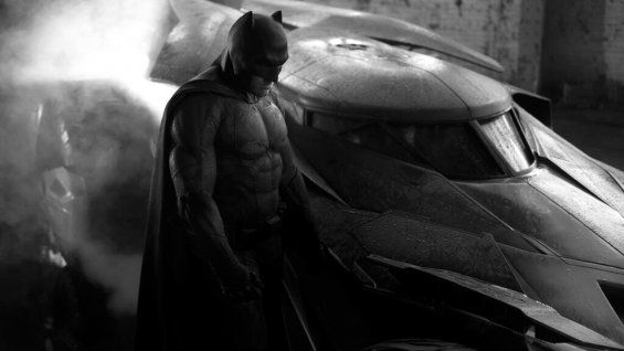 'Batman v. Superman: Dawn of Justice' Moves Release to Avoid 'Captain America 3'
