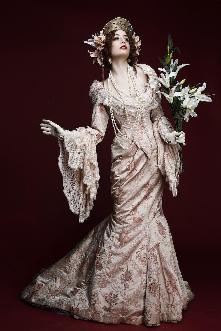 Lauise Ebel - Pandora #belle #epoque
