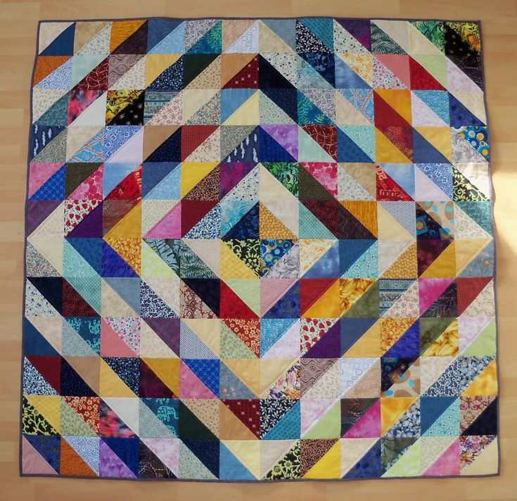 Half Triangles Designs Quilt | Half Square Triangle Quilt Patterns