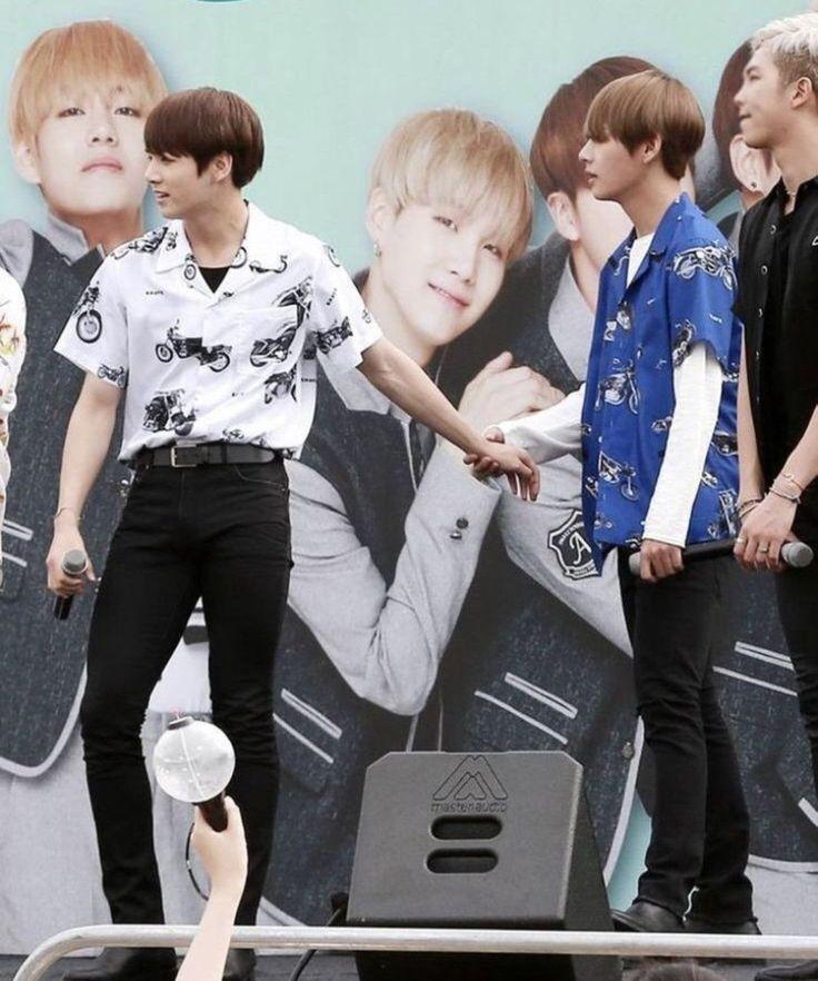 Jimin V Jungkook Wallpaper: Pin By Win Let On BTS(˶‾᷄ ⁻̫ ‾᷅˵)