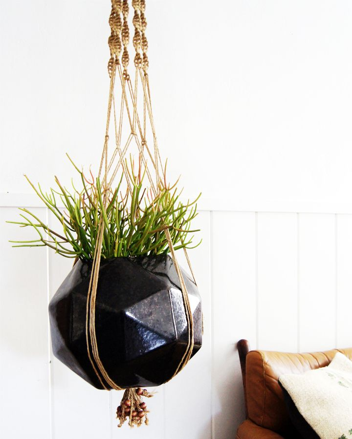 1970's wha: Plants Hangers, Green Thumb, Faceted Planters, Hanging Plants, Indoor Planters, Interiors Design, Brick Houses, Hanging Planters, Indoor Plants