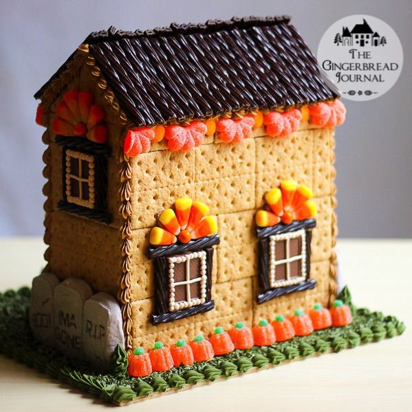 Halloween Gingerbread House Tutorial; great no-bake house, www.gingerbreadjournal.com
