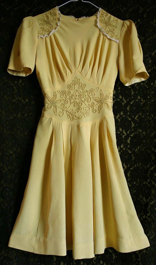 Vintage 1940s Yellow Crepe Rayon Swing Dance Dress by Fameuxenjoli, via Etsy.