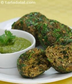 Nachni Methi Muthias ( Iron and Calcium Rich Recipe ) recipe | by Tarla Dalal | Tarladalal.com | #35091