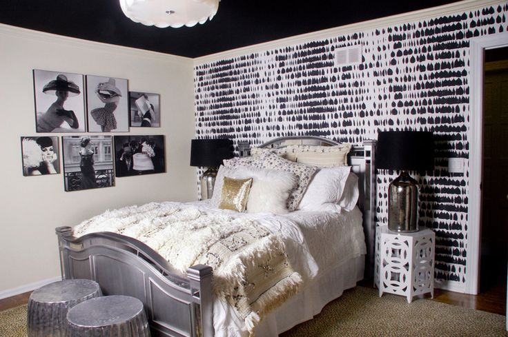 Black ceilings: how-to What teenage girl would not completely flip out for this bedroom!