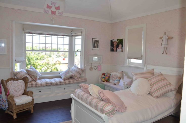 17 best images about little girl bedrooms on pinterest for Creative interior designs by lynda