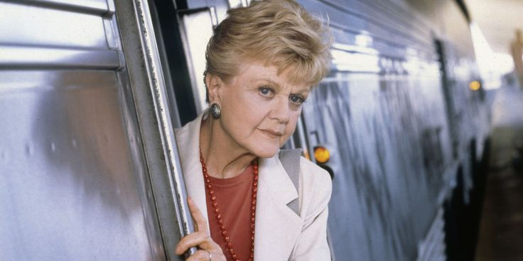 Take a Look Back at Angela Lansbury as a Beautiful Young Starlet