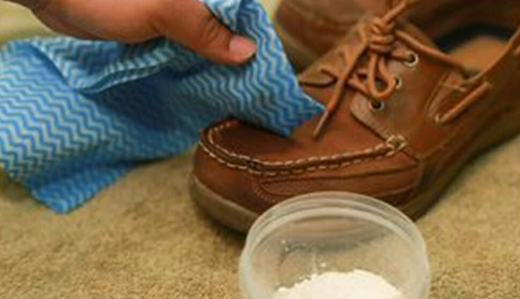 With some detergent and a pillow case, make your Sperrys look like new.