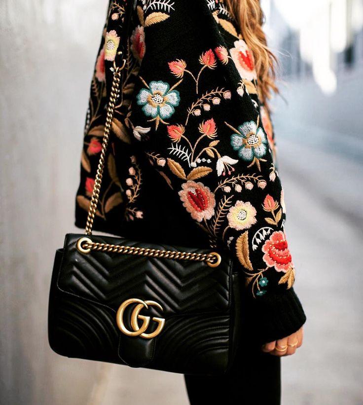 "10.7 tuhatta tykkäystä, 25 kommenttia - ♠️Korona♠️ (@koronacrown) Instagramissa: ""@gucci #elegant #embroidery #cute #fashionstyle #куртки #куртка #вышивка #тенденции #детали #мода…"""
