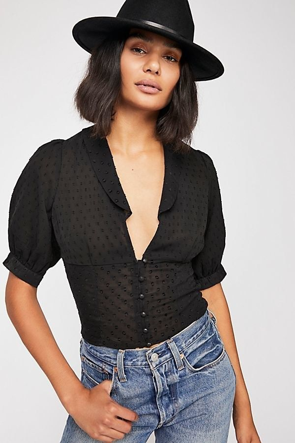 c89bc03d2c04e 23 Totally Cheap (But Totally Stylish) Going-Out Tops