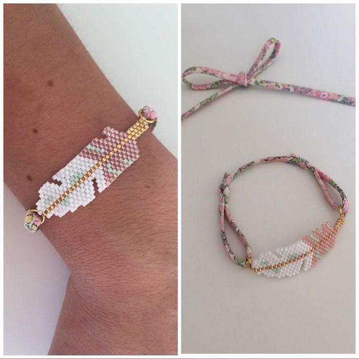"""Le petit bracelet #plume pour @bytatouninette miyuki #brickstitch #liberty #betsy"""