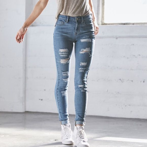If you're looking for something a little bit edgier, try out a pair of high-waisted jeans that are inspired by vintage styles. These jeans feature a higher rise that makes them perfect to wear with cropped shirts or with a top tucked into the waistband, but they still feature the same skinny leg as your go-to skinny jeans.