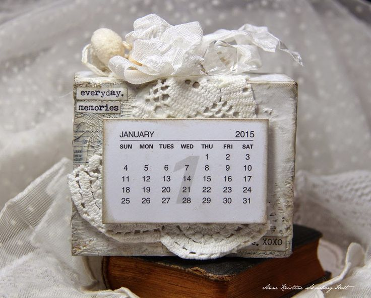 Anne's paper fun: Kalender 2015 - simply lovely!: http://annespaperfun-aksh.blogspot.co.uk/2014/11/kalender-2015.html