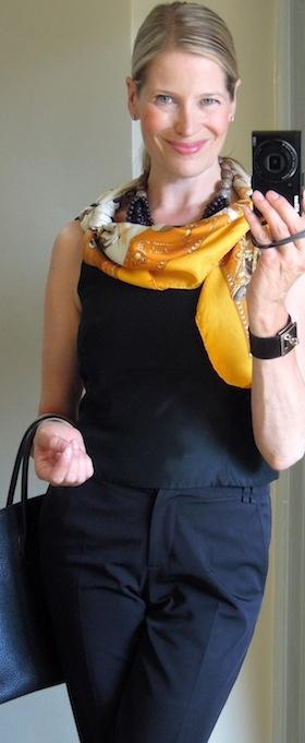 'La Presentation de Chevaux' Hermès scarf in a drape knot....maitaispicturebook.com