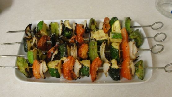 Garlic Parmesan Grilled Veggie Skewers Recipe - just like Logan's Roadhouse. So good!!