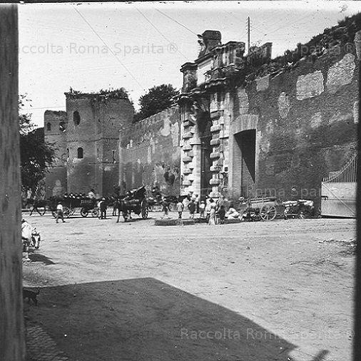 Foto storiche di Roma - Porta San Giovanni Anno: 1910 ca.