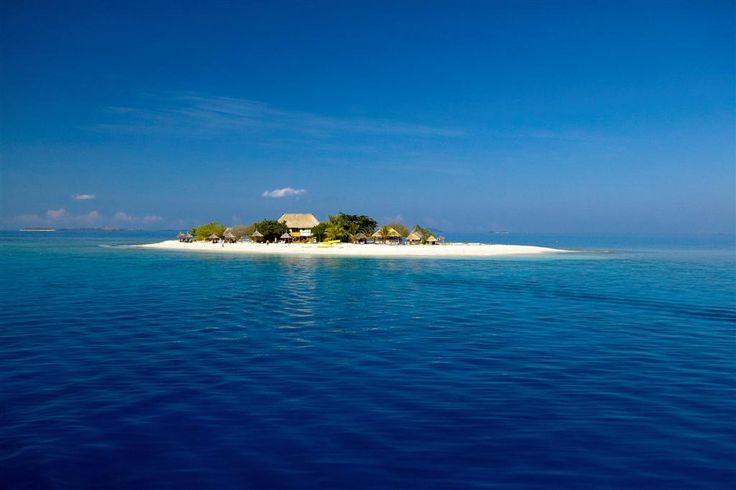 South Sea Island Cruise shore excursion - Port Denarau, Fiji Islands. Click the pic for more info!